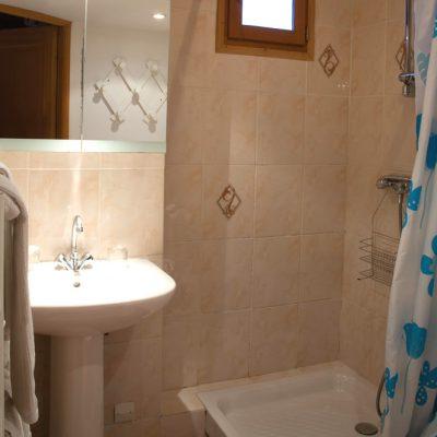 Appartement Le Garlaban : la salle de bains