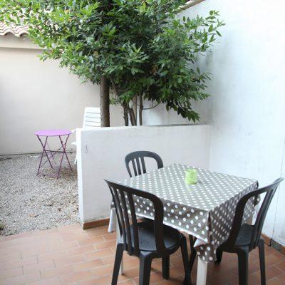 Studio Naïs, terrasse et jardinet